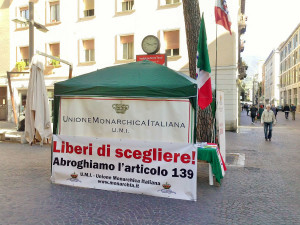 gazebo monarchici (1)